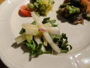 ゆき菜のふすべ漬とゆず風味のルーコラ