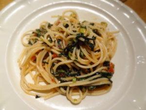 モロヘイヤ、オクラ、青唐のトマトソーススパゲティ